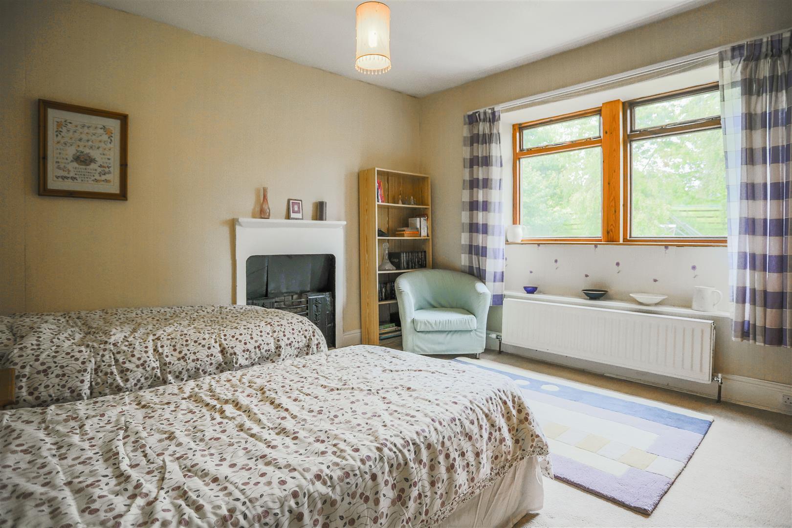 6 Bedroom Detached House For Sale - hague_58.JPG